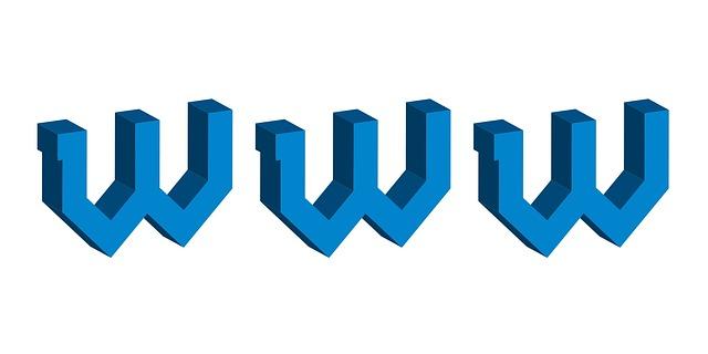 velkým písmem napsané W W W